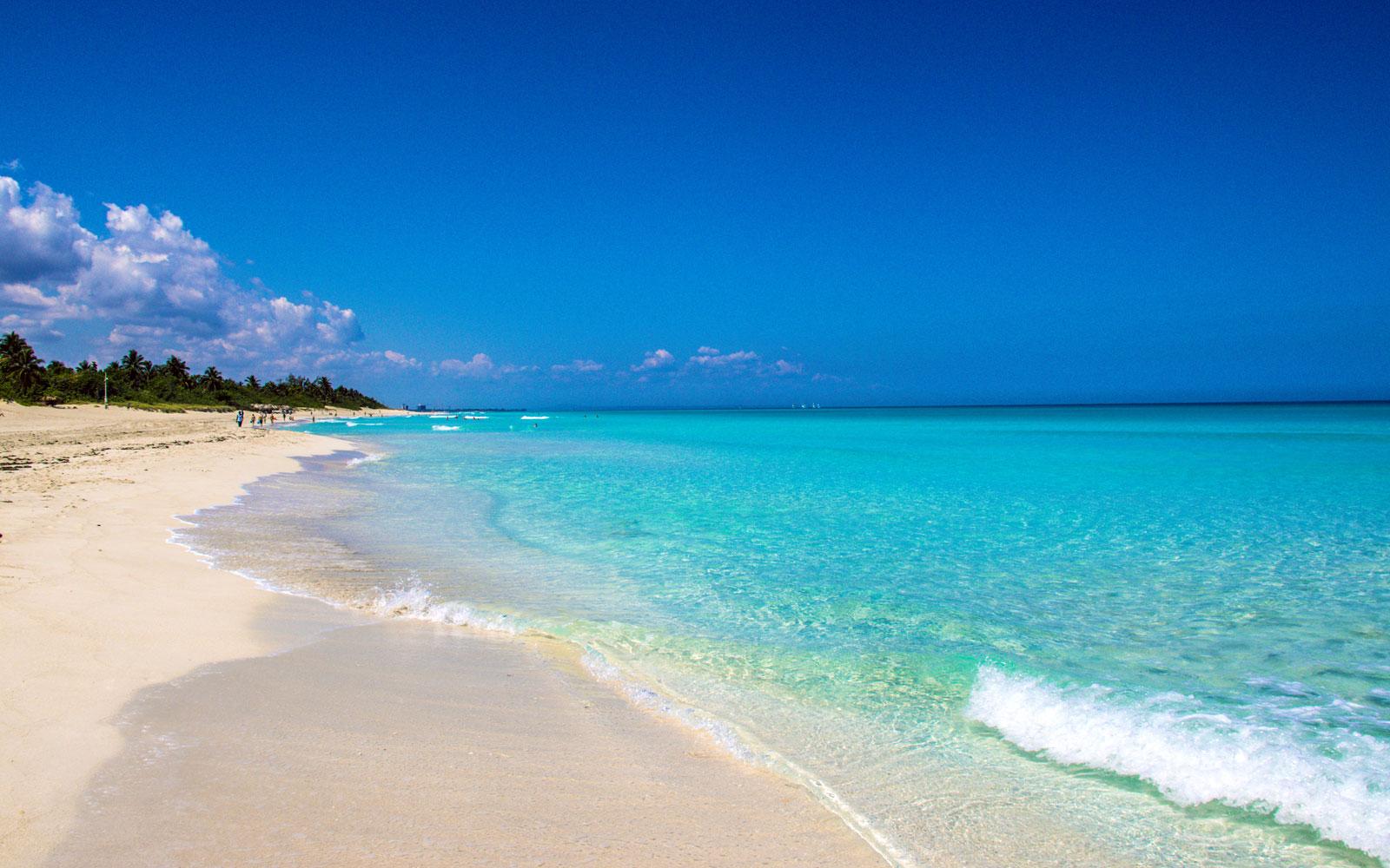 playa-varadero-cuba.jpg